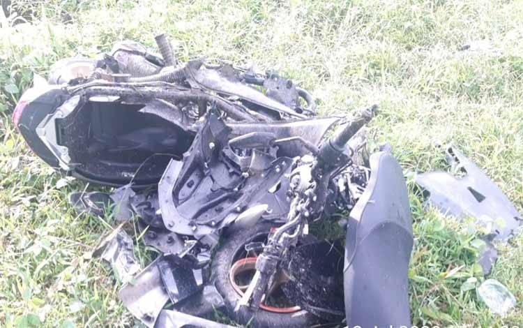 Kerusakan kendaraan motor korban tewas usai bertabrakan