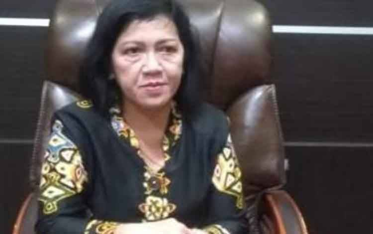 Ketua DPRD Kotawaringin Timur Rinie A Gagah