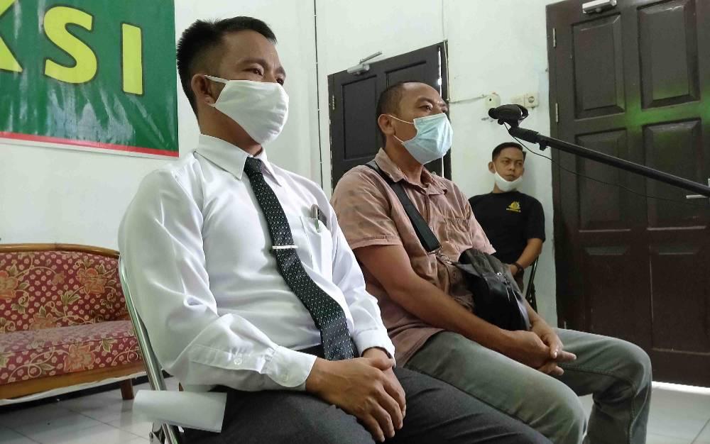 Saksi memberikan keterangan dalam kasus penjualan elpiji secara ilegal, Rabu, 15 Juli 2020.