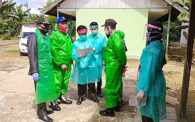Kegiatan rapid test di Wakatitir Kecamatan Dusun Tengah
