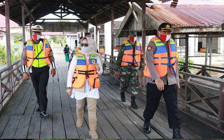 Wakil Bupati Seruyan Hj Iswanti dalam sebuah kegiatan belum lama ini.