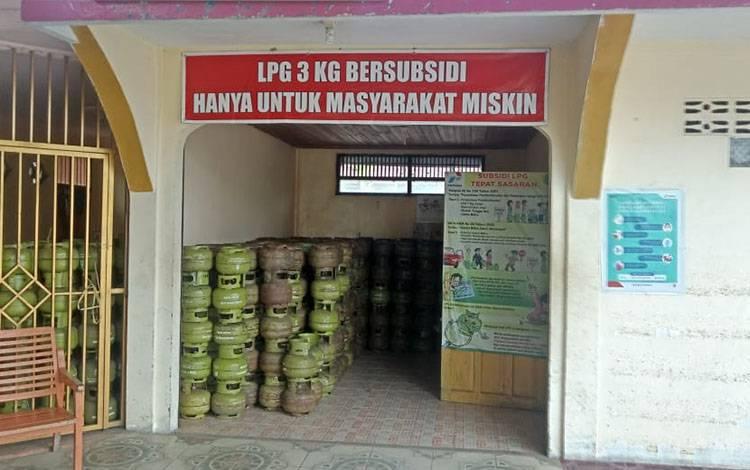 Salah satu pangkalan gas elpiji di Buntok, Barito Selatan.
