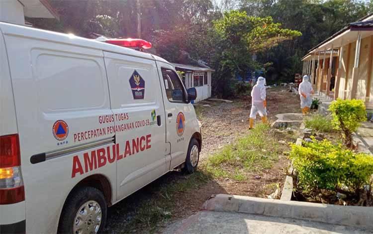 Ambulance Gugus Tugas Covid-19 Kabupaten Barito Timur seusai menjemput pasien