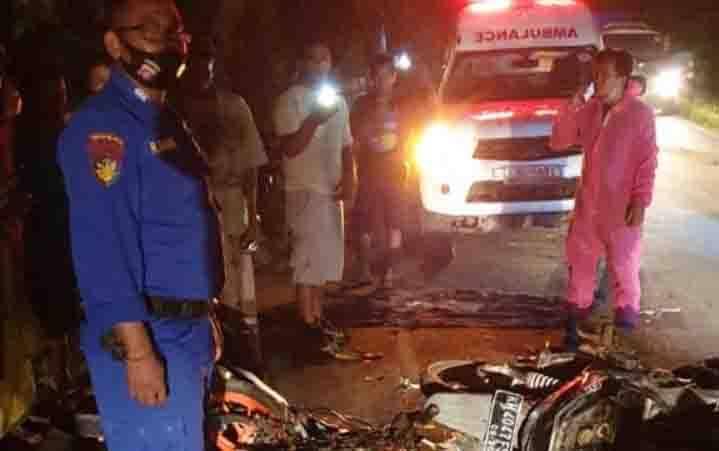Kecelakaan maut antara sepeda motor yang menewaskan seorang pengendara di Jalan HM Arsyad KM 16, Kecamatan MB Ketapang, Kotawaringin Timur, Senin, 3 Agustus 2020 malam.