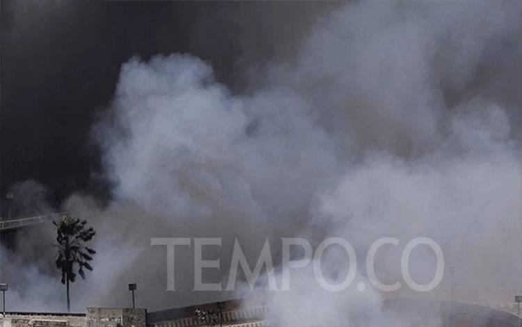 Ilustrasi ledakan dan asap. TEMPO/Subekti