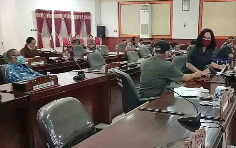 Rapat paripurna di DPRD Barito Timur, Rabu, 5 Agustus 2020.
