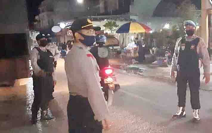 Patroli malam yang dilaksanakan jajaran Polsek Dusun Tengah.