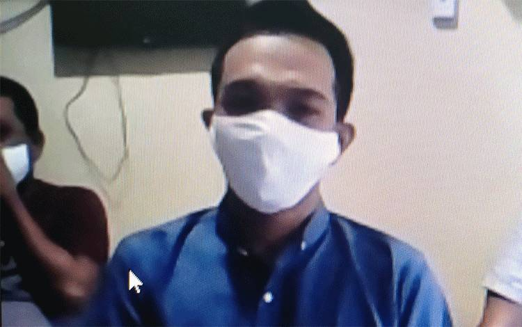 Andri Prayitno terdakwa kasus UU ITE.
