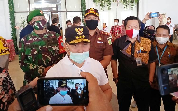 Gubernur Kalimantan Tengah Sugianto Sabran dalam kunjungannya ke Barito Timur, Kamis, 6 Agustus 2020.