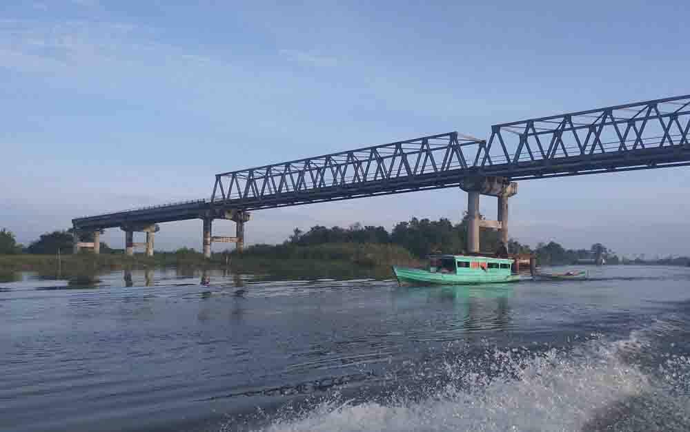 Jembatan Jelai Sukamara.