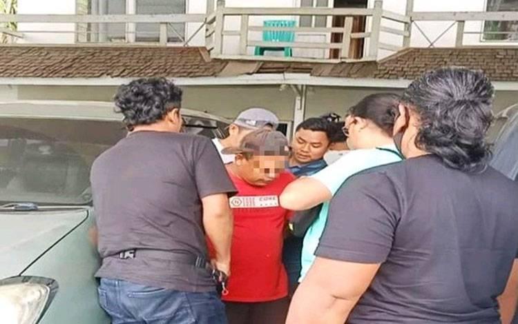 MS tersangka penggelapan mobil di Pulang Pisau yang diamankan di Kalimantan Barat.
