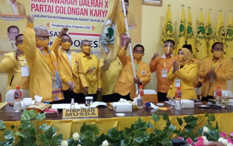 Wisman kembali terpilih sebagai Ketua DPD Partai Golkar Labupaten Kobar 2020 - 2025