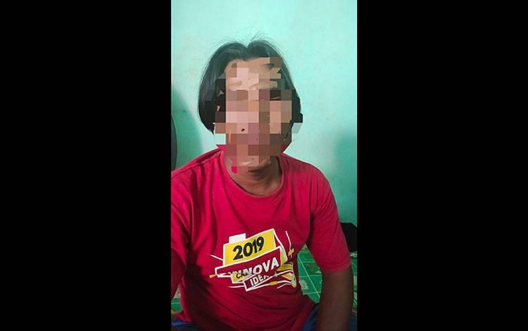 Terduga pelaku kasus persetubuhan diamankan Satreskrim Polres Kapuas.