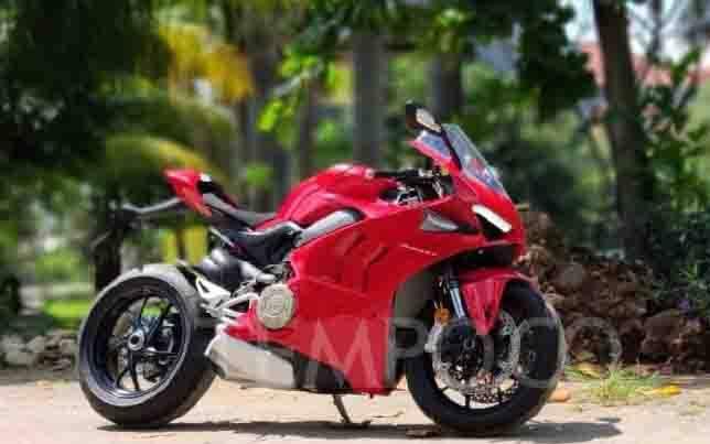 Ducati Panigale V4 2020 pertama di Indonesia, 15 Agustus 2020. (foto : TEMPO/Wawan Priyanto)