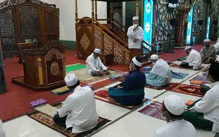 Syukuran dan tahlilan momentum HUT Kemerdekaan RI di Masjid Agung Al Mukarram Kuala Kapuas