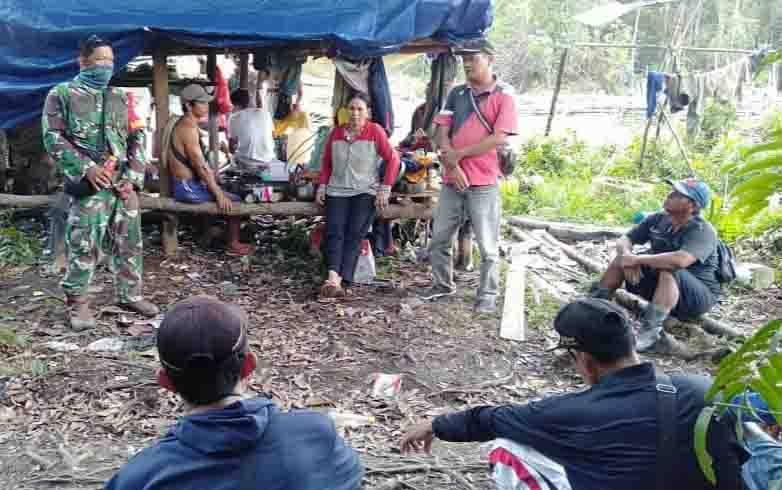 Proses mediasi sengketa lahan di Desa Sarerangan, Kecamatan Tewah, Gunung Mas, Senin, 31 Agustus 2020.
