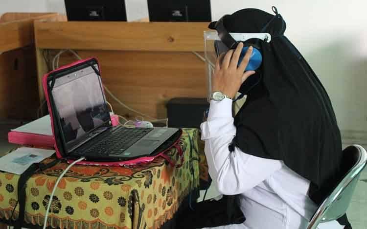 Peserta saat mengikuti tes SKB CPNS Kementerian Agama di MAN Kapuas, Selasa 14 September 2020