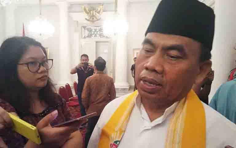 Sekretaris Daerah DKI Jakarta Saefullah saat ditemui wartawan di Balai Kota Jakarta, Jumat (15/11/2019). (foto : ANTARA/Ricky Prayoga)