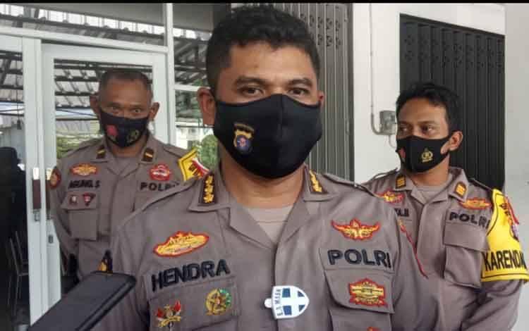 Kabid Humas Polda Kalteng Kombes Hendra Rochmawan