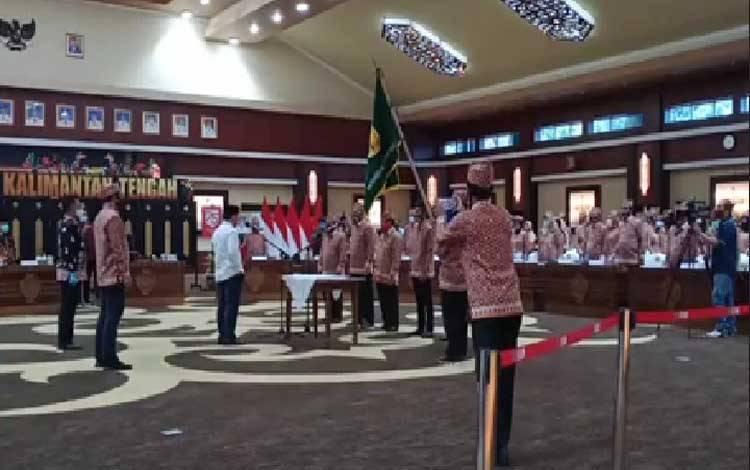 Pengukuhan pengurus Dewan Pengurus Daerah Kerukunan Keluarga Bakumpai Provinsi Kalteng