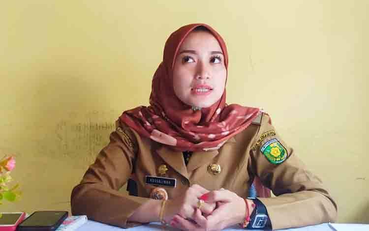 Lurah Menteng Rossalinda Rahmanasari