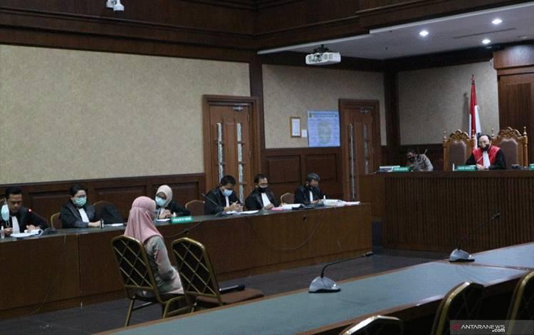 Mantan Kepala Sub Bagian Pemantauan dan Evaluasi II Biro Perencanaan Jaksa Agung Muda Pembinaan Kejaksaan Agung ,Pinangki Sirna Malasari, menghadiri sidang perdana dengan agenda pembacaan dakwaan di pengadilan Tindak Pidana Korupsi (Tipikor) Jakarta, Rabu (23/9). ANTARA/Desca Natalia