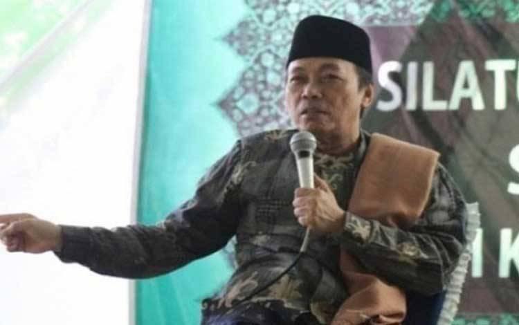 Ketua Umum PB MDHW KH Musthofa Aqil Siroj