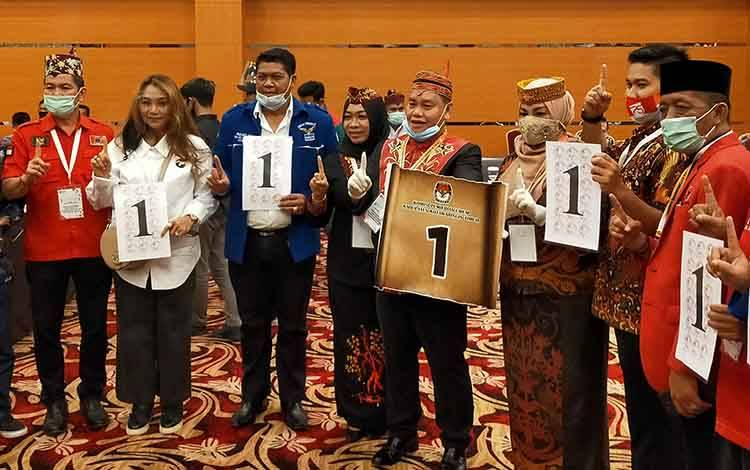 Pasangan Harati bersama tim suksesnya dan ketua partai pengusung mendapatkan nomor urut 1 pada Pilkada Kotim 9 Desember 2020.