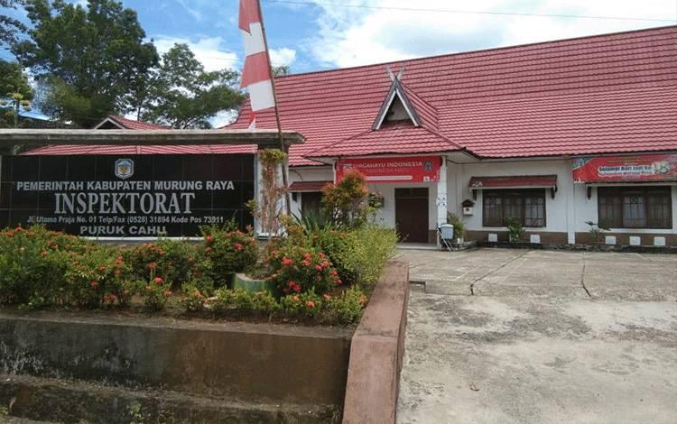 Kantor Ispektorat Murung Raya ditutup sementara lantaran ada yang positif Covid-19. (Foto Trisno)