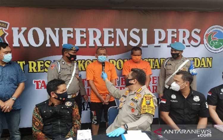 Kapolrestabes Medan Kombes Riko Sunarko saat ekspose kasus sabu, Jumat 25 September 2020