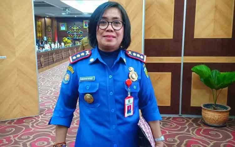 Kepala Dinas Pemadam Kebakaran dan Penyelamatan Kota Palangka Raya, Gloriana Aden