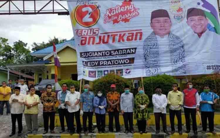 Ketua DPD Partai Golkar Provinsi Kalteng HM Ruslan AS mengajak tim pemenangan pasangan Sugianto Sabran dan Edy Pratowo mulai sosialisasi ke masyarakat.