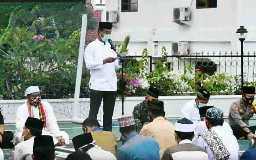 Wakil Bupati Barito Utara, Sugianto Panala Putra menyampaikan sambutan pada kegiatan Doa Tolak Bala, Senin, 28 September 2020.