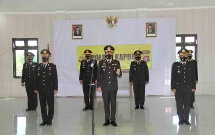 Kapolres Kapuas AKBP Manang Soebeti saat ikuti upacara Hari Kesaktian Pancasila secara virtual pada Kamis, 1 Oktober 2020.