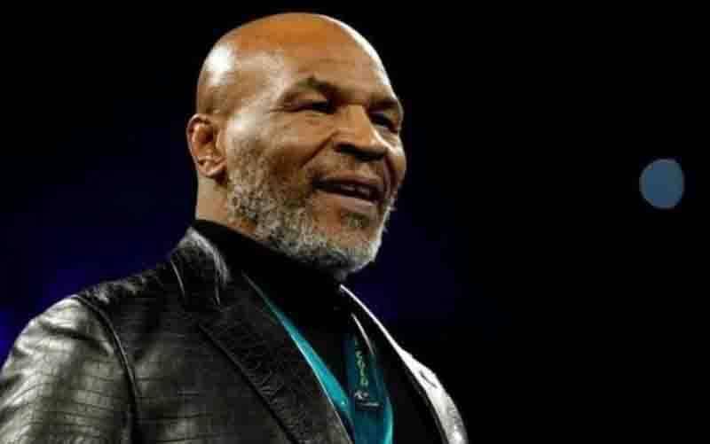 Petinju Mike Tyson. (foto : ANTARA/REUTERS/STEVE MARCUS)