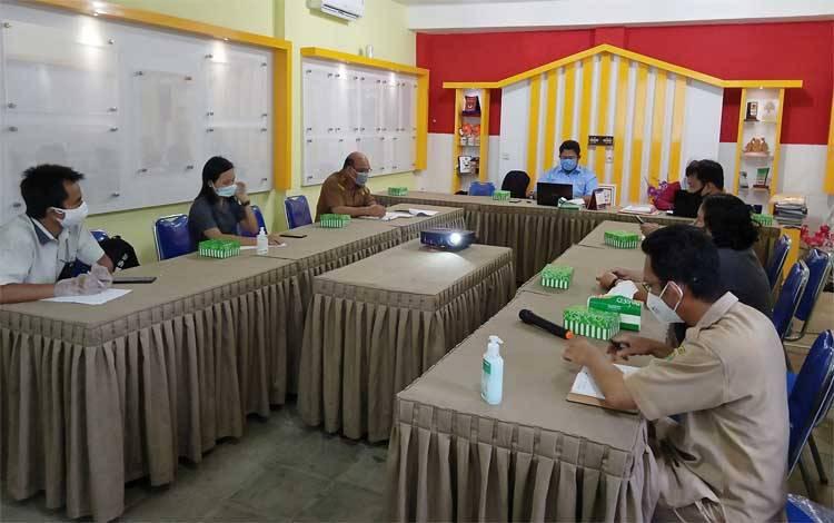 Rapat koordinasi KPU Barito Timur bersama Gugus Tugas Covid-19, Bawaslu dan Desk Pilkada