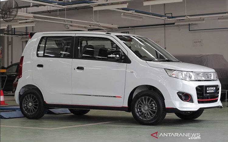 ampilan Suzuki Karimun Wagon R 50th Anniversary Edition. (ANTARA/Suzuki Indonesia)