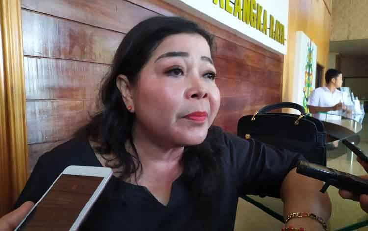 Ketua Komisi B DPRD Palangka Raya, Nenie Adriaty Lambung.