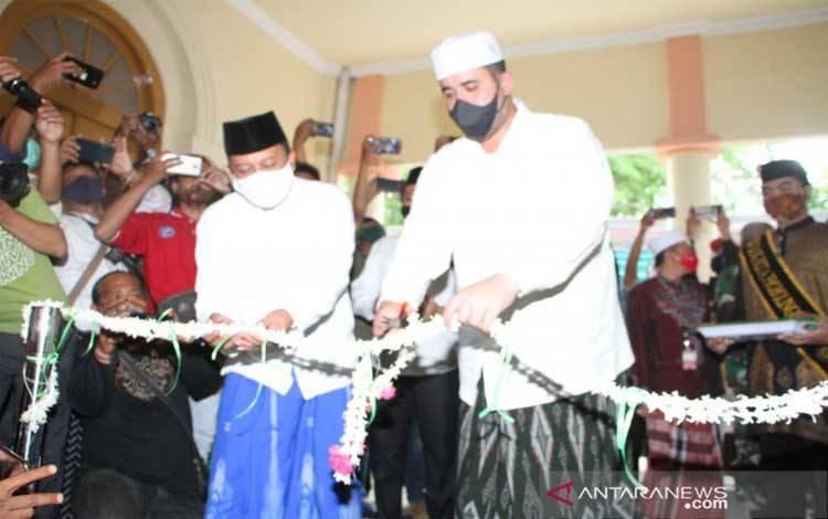 Wali Kota Probolinggo Hadi Zainal Abidin meresmikan museum sejarah peninggalan Rosulullah SAW