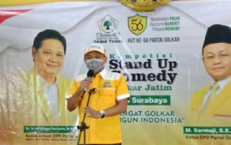 Ketua DPD Golkar Surabaya Arif Fathoni saat memberikan sambutan di acara audisi lomba Stand Up Comedy di kantor DPD Golkar Surabaya, Jumat 23 Oktober 2020. ANTARA/HO-Golkar Surabaya