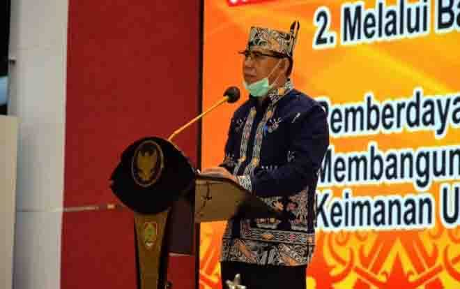Asisten I Setda Prov Kalteng, Hamka saat pembukaan acara Batandak Majelis Agama Kaharingan Indonesia di Kantor Gubernur Kalteng, Sabtu, 24 Oktober 2020.