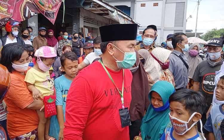 Sugianto Sabran blusukan di Pasar Tamiang Layang