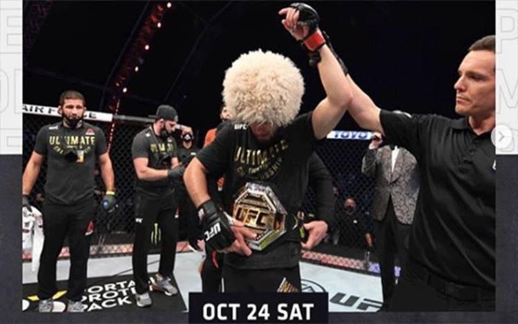 Khabib Nurmagomedov mengumumkan putusannya untuk pensiun sebagai petarung bela diri campuran (MMA) setelah mengalahkan Justin Gaethje pada UFC 254, Sabtu setempat atau Ahad dinihari WIB. FOto/Instagram/ufc