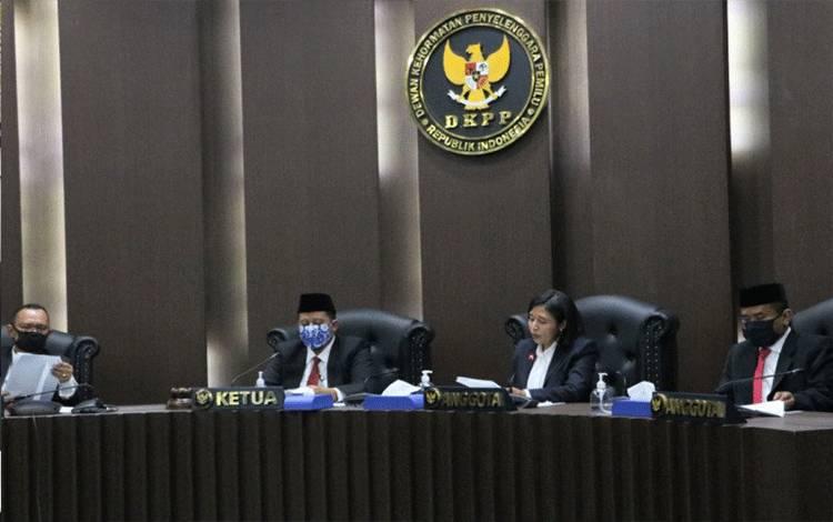 Sidang Dewan Kehormatan Penyelenggara Pemilu (DKPP). ANTARA/HO-Humas DKPP