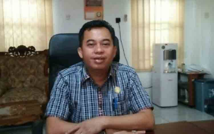 Anggota Komisi I DPRD Kotawaringin Timur, Rimbun.