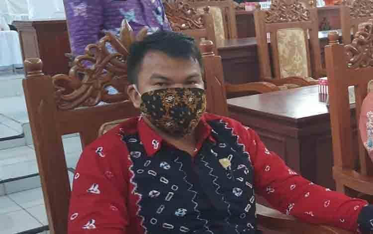 Anggota DPRD Kabupaten Gunung Mas, Pebrianto.