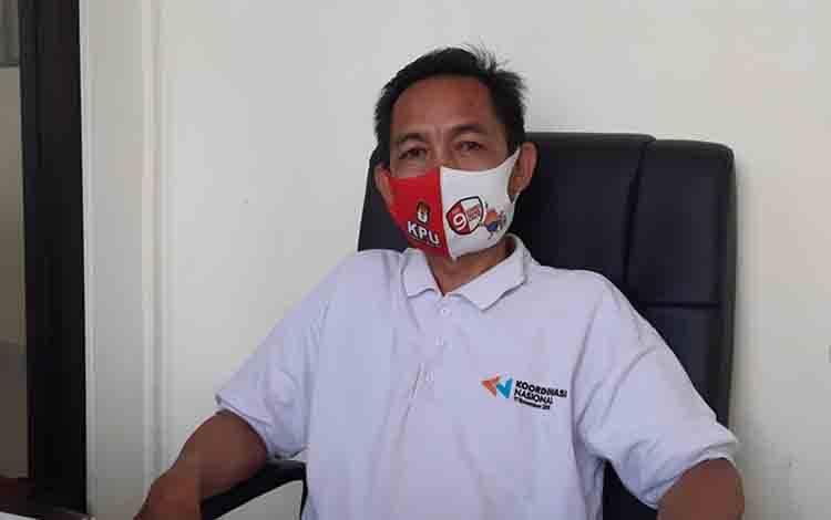 Anggota KPU Gunung Mas, Sukjani.
