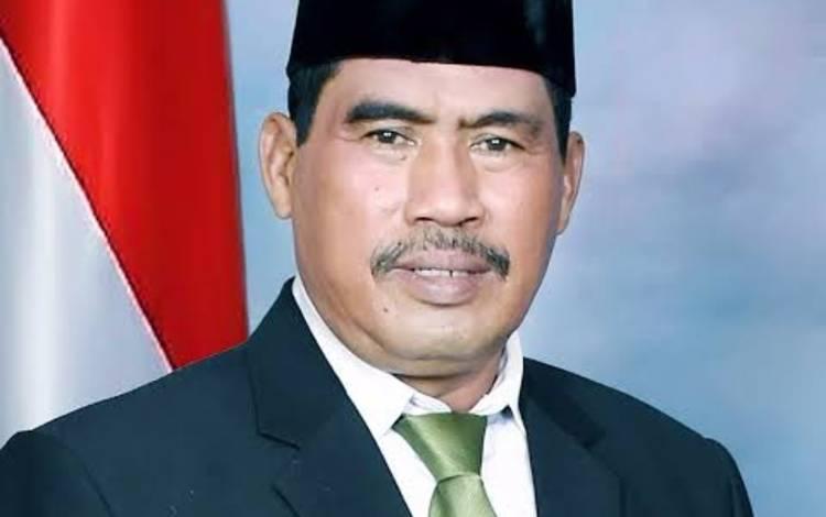 Anggota Komisi I DPRD Kotawaringin Timur H Rambat.