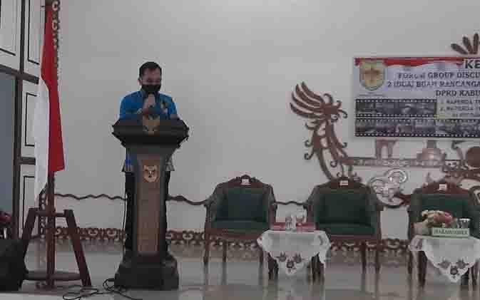 Ketua Bapemperda DPRD Gunung Mas, Evandi.