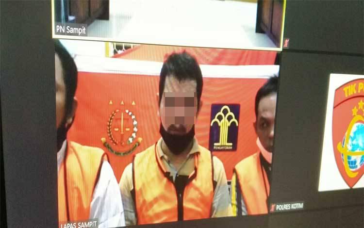 Surya, Mamat Yusuf dan Ramlan terdakwa kasus penggelapan CPO